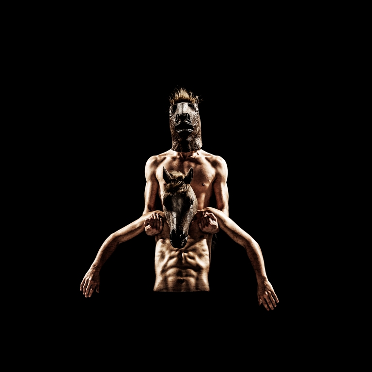 Escénicas - Los cuerpos -Bienal Arte Joven Buenos Aires