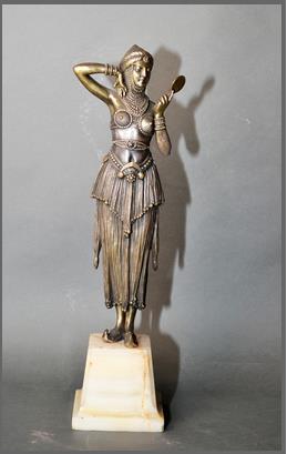 Lote 15 -  Demeter Chiparus.