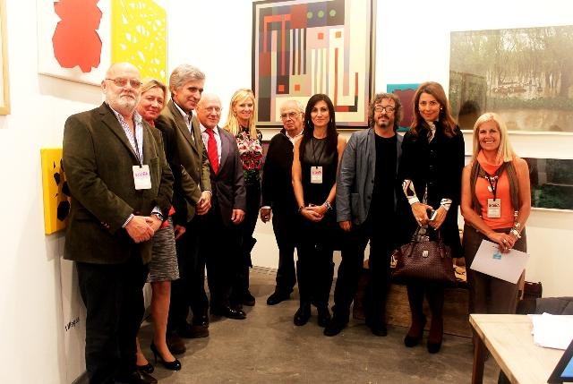Miembros de la CD de la AAMNBA con su presidente, Dr. Julio Crivelli;  la directora del MNBA, Dra. Marcela Cardillo; los curadores Roberto Amigo y Fernando Fariña y Rebeca y Diego Obligado,