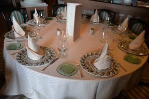 """Golden Princess: Arte integrado - los platos de uno de sus restaurantes """"premium"""" reproducen un mosaico - Foto Carmen Silveira"""