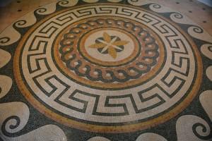 Golden Princess: Elaborados mosaicos como los que pueden admirarse en Roma, Venezia, Ravenna o Pompei - Foto Carmen Silveira